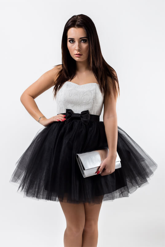 085d2846f5 LaKey Sweet sukienka tiulowa gorsetowa biało - czarna